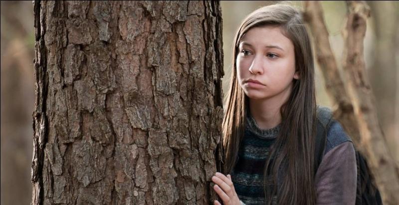 Quel animal est mangé par Enid après la mort de ses parents lorsqu'elle se retrouve seule dans la forêt ?
