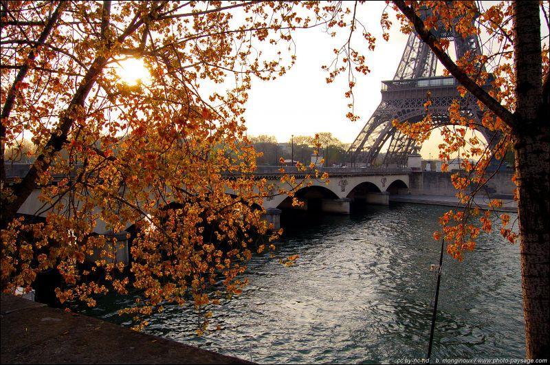 """Qui chantait """"Les amants de Paris"""" ?"""