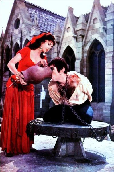 Quasimodo est celui de Notre-Dame de Paris, roman de Victor Hugo ! Bo...
