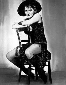 """Marlène """"Dietrich"""", actrice et chanteuse américaine d'origine allemande, a vécu cloîtrée dans son appartement parisien de 1975 à son décès en 1992."""