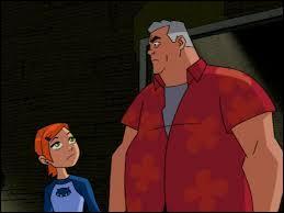 Comment s'appellent la cousine et le grand-père du héros ?