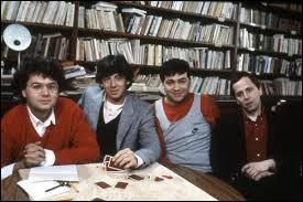 """Dans le film """"P.R.O.F.S"""" sorti en 1985, qui joue le rôle du professeur d'arts plastiques ?"""
