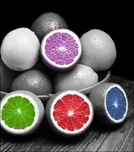 Lequel de ces trois fruits est un agrume ?