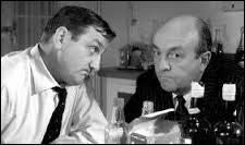 (B. Blier) : Tu sais pas ce qu'il me rappelle ? Cette espèce de drôlerie qu'on buvait dans une p'tite taule de Biénoa, pas très loin de Saïgon... Les volets rouges... et la taulière, une blonde commack... Comment qu'elle s'appelait, nom de dieu ?(L. Ventura) : -------------------------------(B. Blier) : T'as connu ! ?