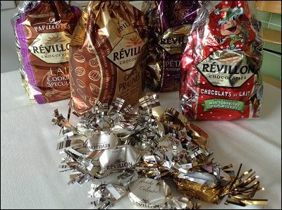 On ne pouvait pas fêter Noël sans les papillotes Revillon qui sont :