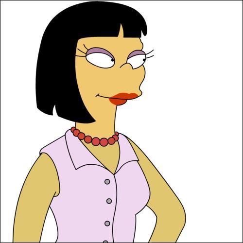 Elle est vendeuse d'immobilier, comment s'appelle -t- elle ?