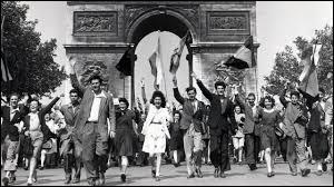 Quand a eu lieu la libération par les armées alliées qui débarquent en France et par la résistance intérieure sur la plage du débarquement en Normandie ?