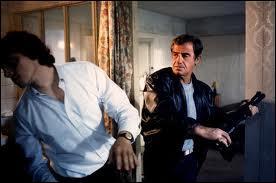 Quel est ce film de Jacques Deray dans lequel Belmondo revêt le rôle de Stan Jalard ?