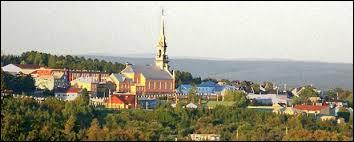 Il existe deux villes dans le monde entier dont le nom s'écrit avec un point d'exclamation : il s'agit de « Westward Ho ! » (Angleterre) et de...