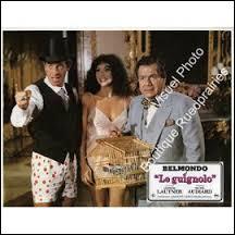 """De nouveau en compagnie de Jean-Paul Belmondo, voici Michel Galabru dans """"Le Guignolo"""". Quel rôle y joue-t-il ?"""