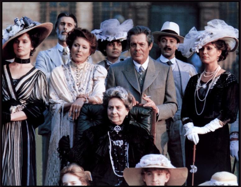 Il obtient le Prix d'interprétation masculine au Festival de Cannes, en 1987, pour son interprétation dans ce film tiré d'une nouvelle de Tchekhov.