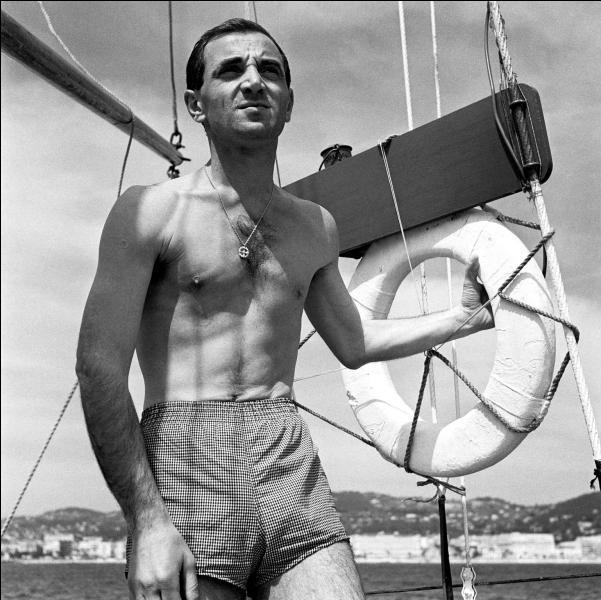 Bon tout le monde sait que Charles Aznavour né Chahnour Vaghinag Aznavourian a vu le jour :