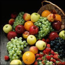 Parmi ces fruits, lequel contient du cyanure dans ses pépins ?