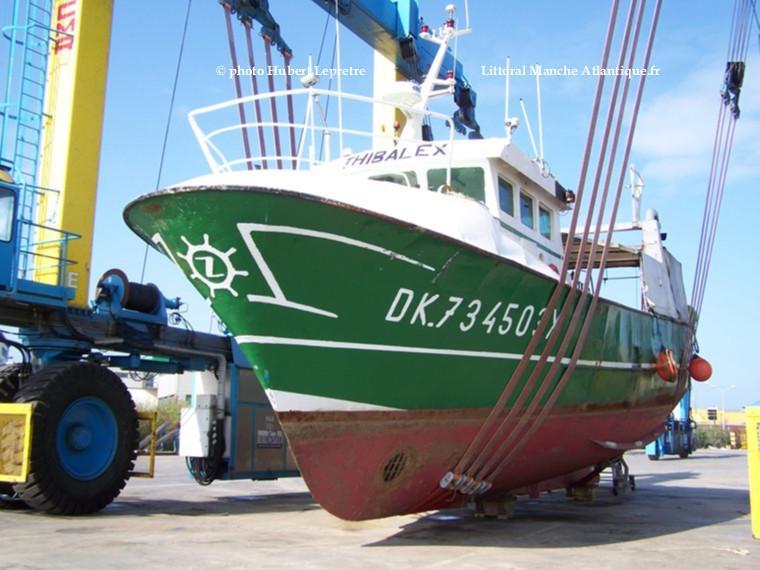 bateau de peche 6 lettres
