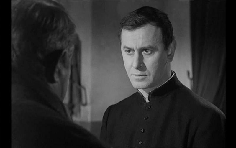 Vous souvenez vous du nom du curé de Saint-Fiacre ?