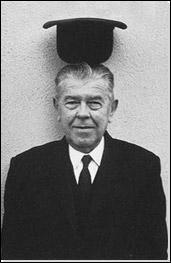Dans quel pays d'Europe est né le peintre René Magritte ?