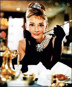 """Quel auteur américain a écrit """"Petit déjeuner chez Tiffany"""" en 1958 ?"""