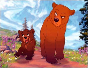 Kenai vient d'un peuple très respectueux des esprits et des animaux. Mais lorsque l'un d'eux tue son frère, il n'hésitera pas à le venger, ce qui le conduira à être changé en ours.