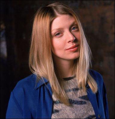 Elle s'appelait Tara Maclay. Elle a pris une balle dans le dos que Warren Mears destinait pourtant à Buffy Summers. Quel est le nom de cette série ?