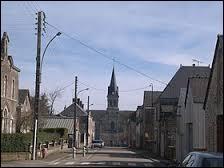 Commune de l'arrondissement de Laval, La Baconnière se situe en région et dans le département ...