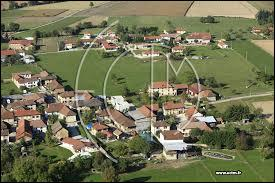 Le village Isérois de Longechenal se situe en région...