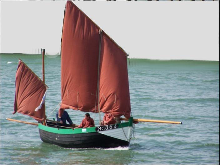 """Encore une Notre-Dame, mais """"de la mer"""" cette fois-ci. Il s'agit d'un flobart de 1905, immatriculé """"NO"""" . Quel est son port d'attache ?"""