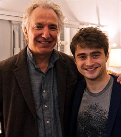 « Qu'est-ce que votre tête pouvait bien faire à Pré-au-lard, Potter ? Votre tête n'a pas le droit de se rendre là-bas. Aucune partie de votre corps n'a reçu l'autorisation d'aller à Pré-au-lard. »