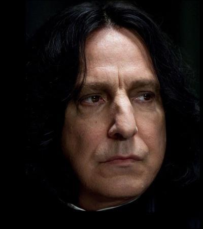 « Monsieur le Directeur, il me semble bien que Potter ne dit pas toute la vérité. Peut- être ne serait-il pas inutile de le priver de certains privilèges jusqu'à ce qu'il se décide à nous raconter ce qui s'est véritablement passé. Personnellement, je pense qu'il ne devrait plus avoir le droit de jouer dans l'équipe de Quidditch de Gryffondor jusqu'à ce qu'il consente à dire la vérité. »