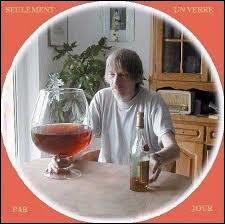 """En 1984, un célèbre slogan fut lancé pour accompagner la campagne de prévention sur la consommation d'alcool. Il s'agissait de : """"Un verre ça va, ...."""""""