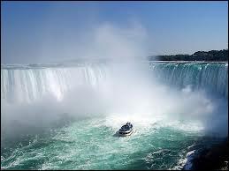 C'est le nom des chutes d'eau les plus célèbres du monde se trouvant en Amérique. Vous avez deviné, il s'agit du groupe français...