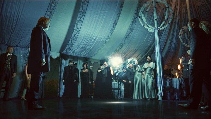 """Dans """"Harry Potter et les Reliques de la Mort"""" (Partie I), le 1er Août 1997, Harry Potter et ses amis trouvent refuge au 12, Square Grimmaurd. Fuyant les Mangemorts, nos amis ont transplané depuis la cérémonie de mariage de Bill Weasley et Fleur Delacour, interrompue par les partisans de Lord Voldemort. Où se déroulait-elle ?"""