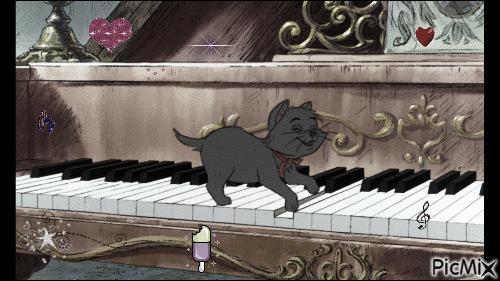 Dans les aristochats, à quel compositeur ce chat a-t-il emprunté son nom ?