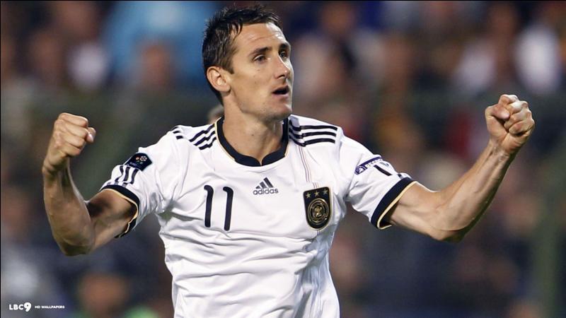 Contre quelle équipe Miroslav Klose a-t-il marqué son 16e but en Coupe du monde ?