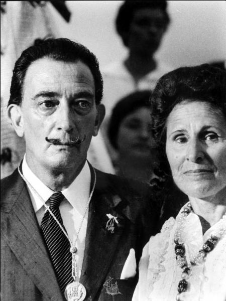 Quel poète a vu sa femme Gala, le quitter pour Salvador Dali ?