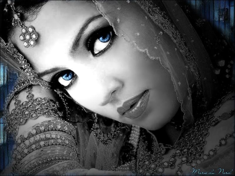 """Qui associe-t-on à la chanson mythique """"Blue eyes"""" ?"""