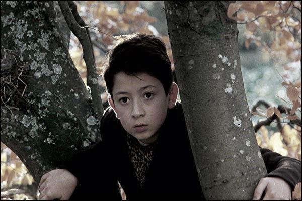 """Personne n'a oublié cet enfant surnommé Brasse Bouillon qu'on retrouve dans """"Vipère au poing"""" d'Hervé Bazin. Quel était son prénom ?"""