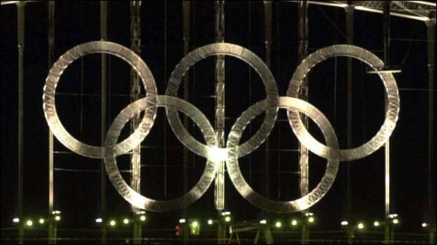 Né un 17 février, J'ignore s'il le roule bien mais c'est ce qui lui permit d'obtenir la médaille de bronze aux Jeux olympiques d'hiver de 1994 à Lillehammer :