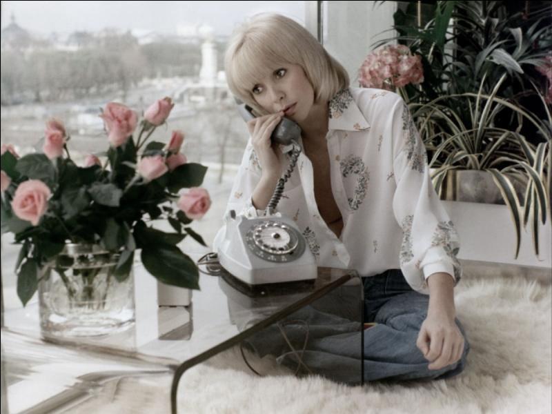 Né un 10 février, il succomba au charme de la belle Mireille dans le Téléphone rose, il fut le le sergent-chef Chaudart, et ne parlons pas de ses talents de commissaire !