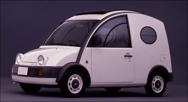 Honnêtement, trouvez-vous un sens à cette Nissan ..... ?