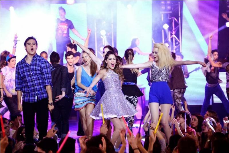 Que chantent Violetta et ses amis ? (saison 2)