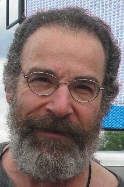 Je l'ai choisi barbu, exprès pour vous embêter, trouvez le nom de la série !