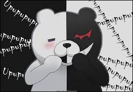 """Il est un petit ours qui se dit être le principal de l'académie Kibogamine où il décide d'organiser un survival game dont le but est de tuer sans se faire attraper par les """"joueurs"""". Qui est-ce ?"""