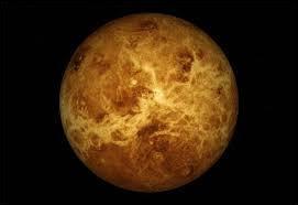 """Quelle planète est parfois surnommée """"étoile du matin"""" ?"""