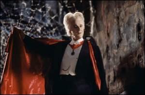 Il semble que le mythe du vampire s'inspire d'une maladie héréditaire du sang, maladie très rare entraînant une photosensibilité de la peau et provoquant de bien curieux effets chez ceux qui en sont atteints.