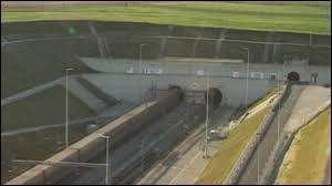 Quelle est la longueur du tunnel sous la Manche ?