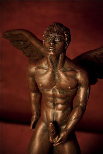 Chez les Grecs, c'est Éros le dieu de l'amour mais de quoi est-il aussi le dieu ?