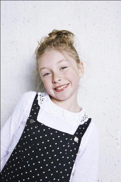 Comment s'appelle cette jeune chanteuse, âgée seulement de 8 ans ?