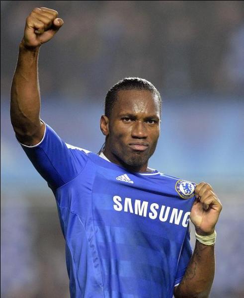 L'un des meilleurs attaquants du monde sur le terrain mais aussi un homme engagé en dehors, mais de quel pays Didier Drogba défend-il la cause ?
