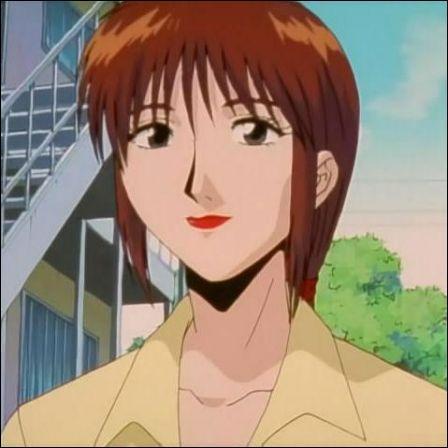 """Dans """"GTO"""", à quel âge Julia Murai a-t-elle eu son fils Kunio ?"""