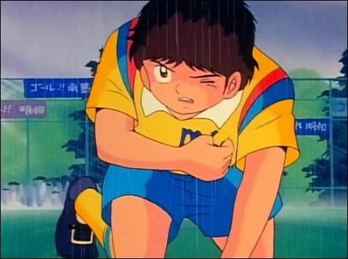 """Dans le dessin animé """"Olive et Tom"""", comment se nomme ce personnage, jeune footballeur très talentueux, mais atteint d'une malformation cardiaque ?"""